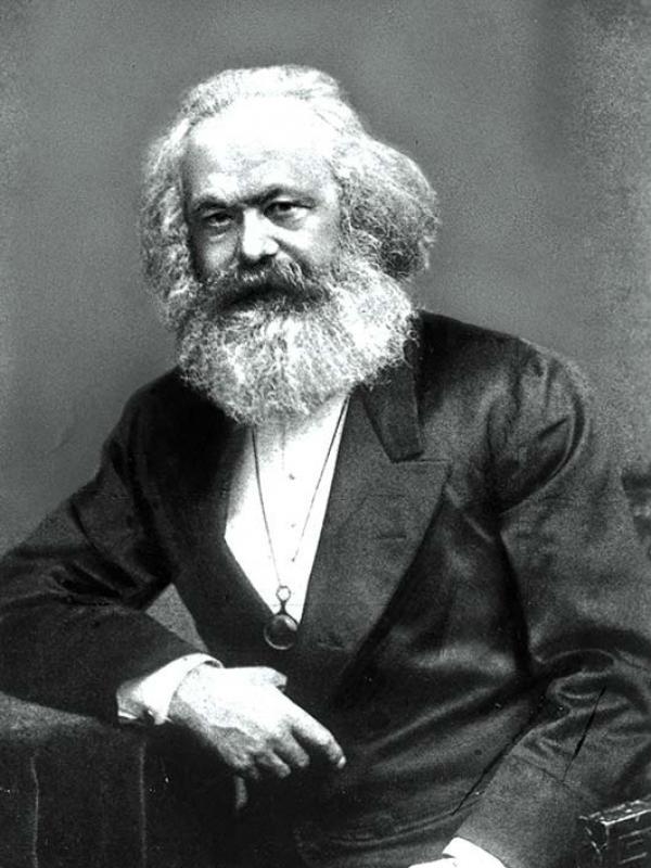 Marx-Porträt im Weltall